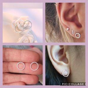 CUTE SILVERY CIRCLE EARRINGS STUD